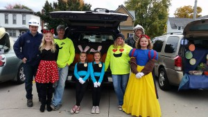 2016-trunk-or-treat-10