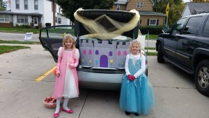 2016-trunk-or-treat-11