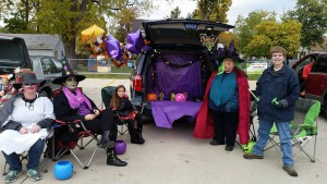 2016-trunk-or-treat-5