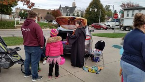 2017 Trunk or Treat Pix (9)